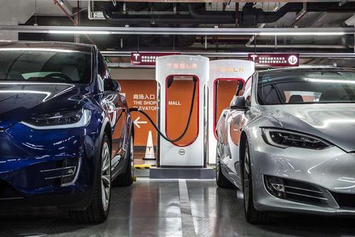 印度尼西亚计划对电动汽车中心的汽车规则进行大修