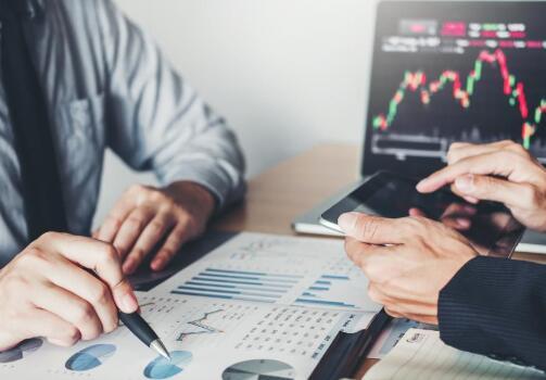 合规性和成本降低如何为数据转型提供资金