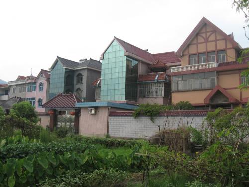 房地产和建筑业对多元经济至关重要