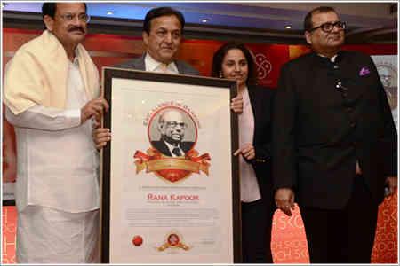 Rana Kapoor荣获'C.rangarajan在银行卓越奖